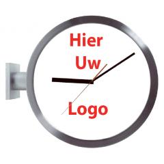 Logo op dubbelzijdige klok