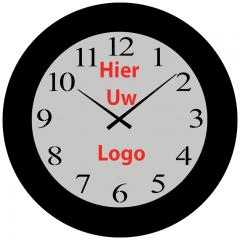 Logo op klok Giant 120